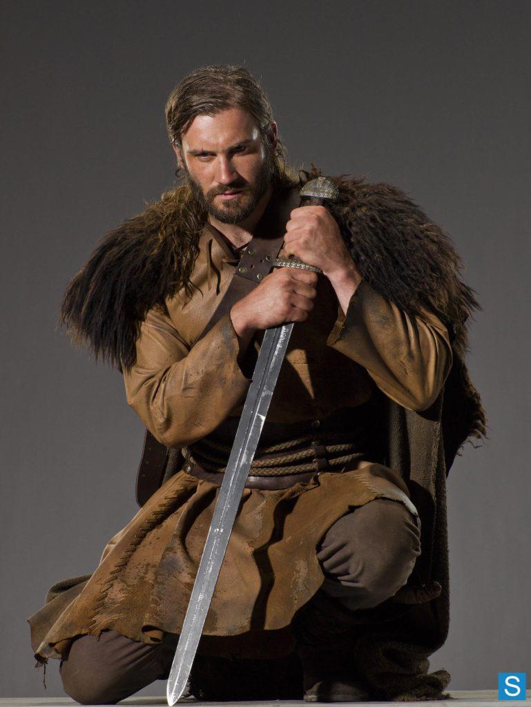 Rollo uit Vikings op fsom magazine, hoe vergaat het zijn afstammelingen in de nieuwe netflix serie 'Valhalla'?   Lees er alles over bij FSOM Magazine.