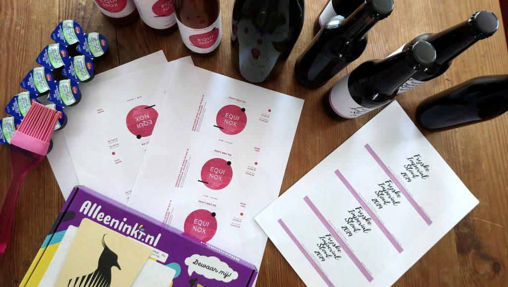 Het totaalpakket bij bier brouwen om je eigen labels te maken en te plakken!