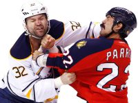 De NHL Snelle handen en weinig tanden!