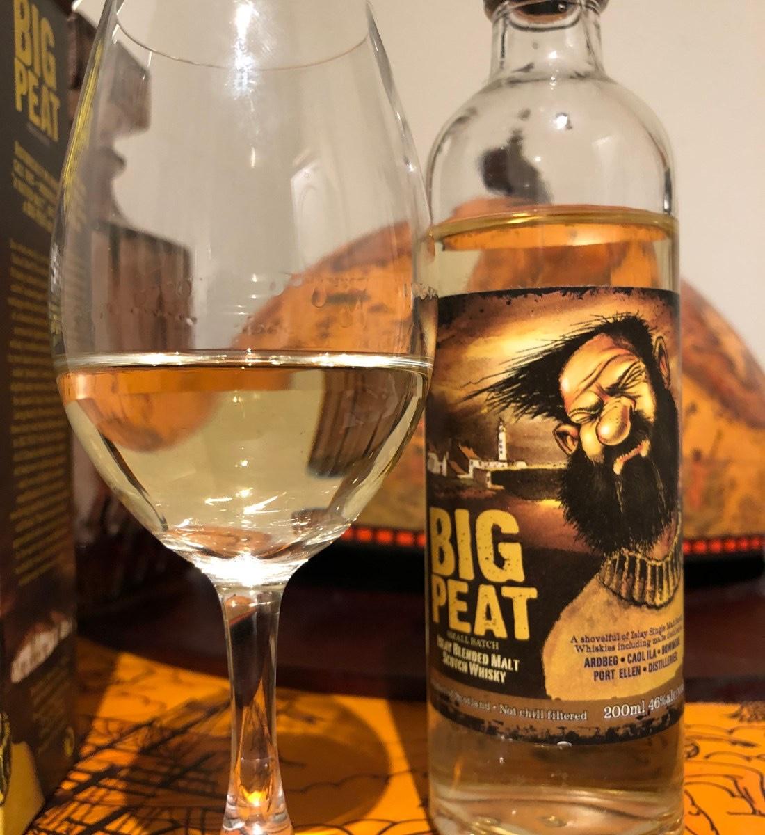 Big Peat op fsom. 5 Whisky's om de winter mee door te komen. Deze tips van onze eigen Whisky kenner, Confessions of a Whisky freak wil jij gewoon in huis halen. Fijne winter!