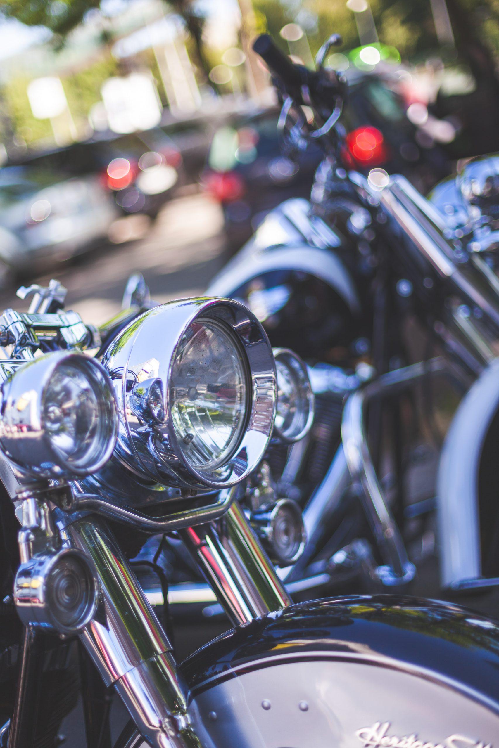 Ga lekker motorrijden met fsom.