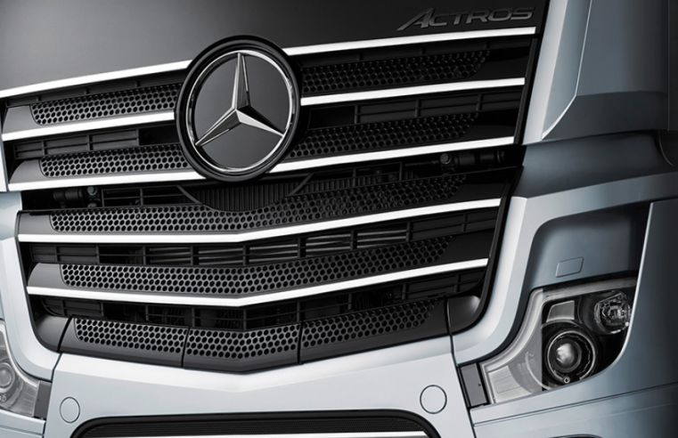 mercedes benz actros front grill truck of the year 2020 op fsom